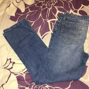 Mudd Jeans Smoke Free and Pet Free Home